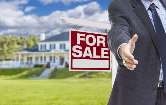 Tenterfield Lawyers Buying or Selling Property